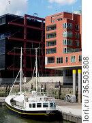 HAMBURG, GERMANY - JULY 18, 2015: Modern architecture at Traditionsschiffhafen... Стоковое фото, фотограф Zoonar.com/PAUL WASCHTSCHENKO / age Fotostock / Фотобанк Лори