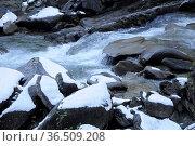 Krimmler Ache , Winter, krimml, bach, fluss, schnee, eis, pinzgau... Стоковое фото, фотограф Zoonar.com/Volker Rauch / easy Fotostock / Фотобанк Лори