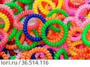 Bunte Ringe, bunt, ring, ringe, farbe, farbig, menge, durcheinander... Стоковое фото, фотограф Zoonar.com/Volker Rauch / easy Fotostock / Фотобанк Лори