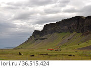 Süden, Island, berg, tafelberg, südisland, gebirge, wolke, wolken... Стоковое фото, фотограф Zoonar.com/Volker Rauch / easy Fotostock / Фотобанк Лори