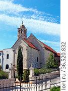 Church of St. Francis, was built in the second half of the 14th century... Стоковое фото, фотограф Zoonar.com/Borislav Marinic / easy Fotostock / Фотобанк Лори