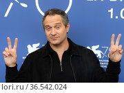 Claudio Santamaria during the photocall at the 78th Venice Film Festival... Редакционное фото, фотограф Maria Laura Antonelli / AGF/Maria Laura Antonelli / age Fotostock / Фотобанк Лори