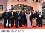 Gabriele Mainetti, Claudio Santamaria, Aurora Giovinazzo, Pietro ... Редакционное фото, фотограф AGF/Maria Laura Antonelli / age Fotostock / Фотобанк Лори