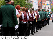 Schützenfest-Umzug. Стоковое фото, фотограф Zoonar.com/Martina Berg / easy Fotostock / Фотобанк Лори