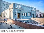 Художественный Электро-театр в Москве. Редакционное фото, фотограф Baturina Yuliya / Фотобанк Лори