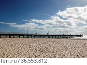 Pier am Strand von Glenelg, Adelaide, South Australia, Australien... Стоковое фото, фотограф Zoonar.com/Dirk Rueter / age Fotostock / Фотобанк Лори