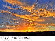 Himmel, wolke, abend, abends, wolken, abendrot, dämmerung, abenddämmerung... Стоковое фото, фотограф Zoonar.com/Volker Rauch / easy Fotostock / Фотобанк Лори