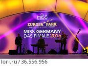 Miss Germany 2016 - Das Finale im Europapark Rust - Am Samstag, 20... Стоковое фото, фотограф Zoonar.com/Joachim Hahne / age Fotostock / Фотобанк Лори