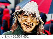 Betzit Glunki St. Märgen beim Fasnetumzug Hartheim 2016. Стоковое фото, фотограф Zoonar.com/Joachim Hahne / age Fotostock / Фотобанк Лори
