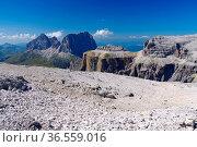 Sella Gruppe in Dolomiten, italienische Alpen - Sella group in Dolomites... Стоковое фото, фотограф Zoonar.com/Liane Matrisch / easy Fotostock / Фотобанк Лори