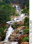 Waterfall Ella in Sri Lanka - one of the biggest waterfalls in country. Стоковое фото, фотограф Zoonar.com/Kokhanchikov / easy Fotostock / Фотобанк Лори
