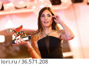 Audrey Diwan during closing Ceremony - 78th Venice International ... Редакционное фото, фотограф Bildbyran via ZUMA Press/Maria Laura Antonelli / age Fotostock / Фотобанк Лори