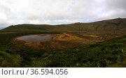 Panoramic view to Caldeira Branca lake at Flores island, Azores. Portugal (2015 год). Редакционное фото, фотограф Сергей Майоров / Фотобанк Лори