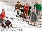 Symbolfoto Rentner und Rente. Стоковое фото, фотограф Zoonar.com/ironjohn / age Fotostock / Фотобанк Лори