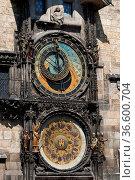 Astronomische Uhr am AltstŠdter Rathausturm, Prag, Tschechien | Astronomic... Стоковое фото, фотограф Zoonar.com/Günter Lenz / age Fotostock / Фотобанк Лори