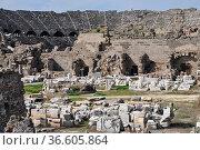 Side, türkei, türkische riviera, amphitheater, theater, antik, antike... Стоковое фото, фотограф Zoonar.com/Volker Rauch / easy Fotostock / Фотобанк Лори