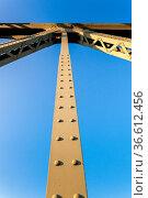 Detailfoto der Brückenkonstruktion von der Glienicker Brücke im Berliner... Стоковое фото, фотограф Zoonar.com/Karl Heinz Spremberg / age Fotostock / Фотобанк Лори