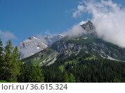 Wolken, Hochkönig, berg, berge, berchtesgadener alpen, alpen, hochgebirge... Стоковое фото, фотограф Zoonar.com/Volker Rauch / easy Fotostock / Фотобанк Лори