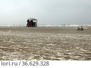 Sturm, Strand, Flut, Sankt Peter-Ording. Стоковое фото, фотограф Zoonar.com/Manfred Ruckszio / age Fotostock / Фотобанк Лори