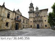 Vilanova de Lourenza, city hall (left) and San Salvador church (baroque... Стоковое фото, фотограф J M Barres / age Fotostock / Фотобанк Лори