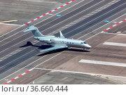 Gibraltar - 29. Juli 2018: Ein Bombardier Challenger 350 der VistaJet... Стоковое фото, фотограф Zoonar.com/Markus Mainka / age Fotostock / Фотобанк Лори