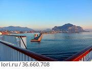 Italien, Italia, Sizilien, Palermo, am Hafen, Стоковое фото, фотограф Zoonar.com/Bildagentur Geduldig / easy Fotostock / Фотобанк Лори