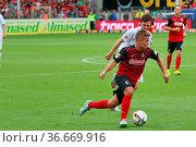 Amir Abrashi (Freiburg), 2. Bundesliga: 3. Sptg.: SC Freiburg - VFL... Стоковое фото, фотограф Zoonar.com/Joachim Hahne / age Fotostock / Фотобанк Лори