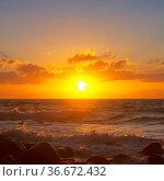 Felsen in der Brandung Sonnenuntergang - rocks in surf sunset 03. Стоковое фото, фотограф Zoonar.com/LIANEM / easy Fotostock / Фотобанк Лори