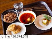 Russian traditional dishes on tray. Time to dine. Стоковое фото, фотограф Яков Филимонов / Фотобанк Лори