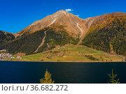 Splendid view of lake Resia - Reschensee - South Tyro, Italy, Europe. Стоковое фото, фотограф Zoonar.com/Rudolf Ernst / age Fotostock / Фотобанк Лори