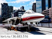 New York City, USA - June 21, 2018: F-14 Aircraft in Intrepid museum... Стоковое фото, фотограф Zoonar.com/@jjfarquitectos / age Fotostock / Фотобанк Лори