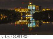 Stockholm, Sweden Residential towers at the Liljeholmskajen neighbourhood... Стоковое фото, фотограф A. Farnsworth / age Fotostock / Фотобанк Лори