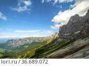 Rosengarten also called Catinaccio mountain range in the Dolomites... Стоковое фото, фотограф Angelo Calvino / age Fotostock / Фотобанк Лори