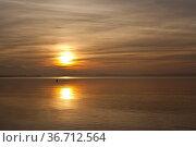 Sonnenuntergang am Chiemsee. Стоковое фото, фотограф Zoonar.com/Photographer:Andre Hopf / easy Fotostock / Фотобанк Лори