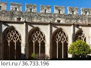 Arched gallery in the monastery of Santa Maria de Santes Creus. Catalonia, Spain. Стоковое фото, фотограф Яков Филимонов / Фотобанк Лори
