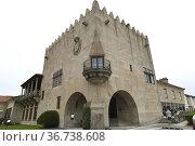 Monterreal Castle (12-16th century). Parador Nacional de Turismo ... Стоковое фото, фотограф J M Barres / age Fotostock / Фотобанк Лори