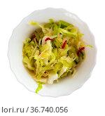 Appetizing salad of Russian cuisine, made from fresh cabbage with cucumber. Стоковое фото, фотограф Яков Филимонов / Фотобанк Лори