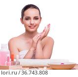 Hand manicure treatment in health concept. Стоковое фото, фотограф Elnur / Фотобанк Лори