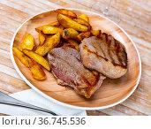 Beef with potato. Стоковое фото, фотограф Яков Филимонов / Фотобанк Лори