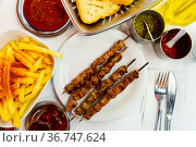 turkish food shish kebab. Стоковое фото, фотограф Яков Филимонов / Фотобанк Лори