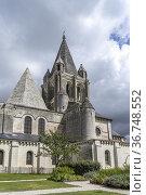 Stiftskirche Saint-Ours des Schloss in Loches, Loire-Tal, Frankreich... Стоковое фото, фотограф Peter Schickert / age Fotostock / Фотобанк Лори