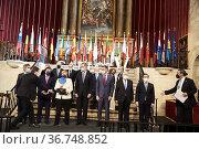 King Felipe VI of Spain, Angela Merkel, Pedro Sanchez, Prime Minister... Редакционное фото, фотограф ©MANUEL CEDRON / age Fotostock / Фотобанк Лори