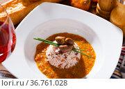 Boiled rice with chicken heart. Стоковое фото, фотограф Яков Филимонов / Фотобанк Лори