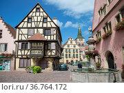 Turckheim, Elsass, Frankreich|Alsace, France. Стоковое фото, фотограф Zoonar.com/Günter Lenz / age Fotostock / Фотобанк Лори