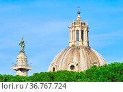 Rom Kirche Santissimo Nome di Maria al Foro Traiano - Rome Church... Стоковое фото, фотограф Zoonar.com/Liane Matrisch / easy Fotostock / Фотобанк Лори