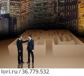Businessman in maze business concept. Стоковое фото, фотограф Elnur / Фотобанк Лори