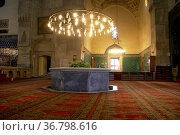 Inside Green mosque Yeshil Jami in Bursa, Turkey. Стоковое фото, фотограф Zoonar.com/Valeriy Shanin / age Fotostock / Фотобанк Лори