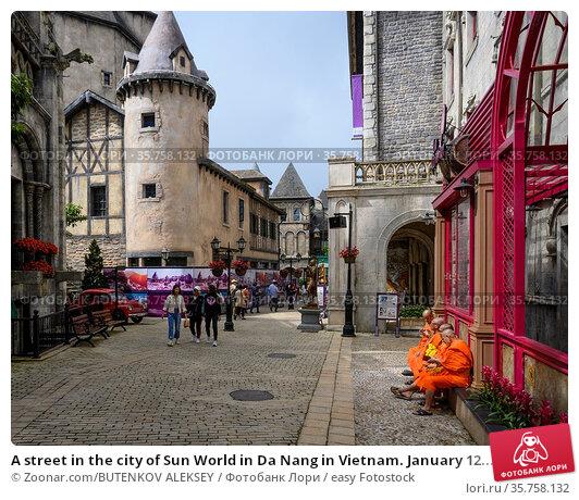 A street in the city of Sun World in Da Nang in Vietnam. January 12... Стоковое фото, фотограф Zoonar.com/BUTENKOV ALEKSEY / easy Fotostock / Фотобанк Лори