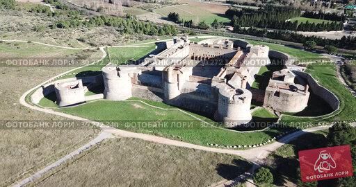 Купить «Aerial view of Catalan fortress Fort de Salses at sunny day, France», видеоролик № 30272340, снято 3 января 2019 г. (c) Яков Филимонов / Фотобанк Лори