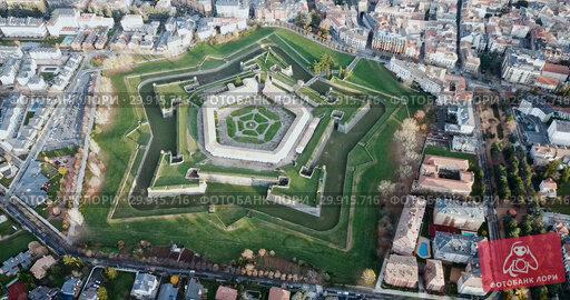 Купить «Aerial view of famous Citadel of Jaca on background of cityscape in sunny autumn day, Spain», видеоролик № 29915716, снято 23 декабря 2018 г. (c) Яков Филимонов / Фотобанк Лори